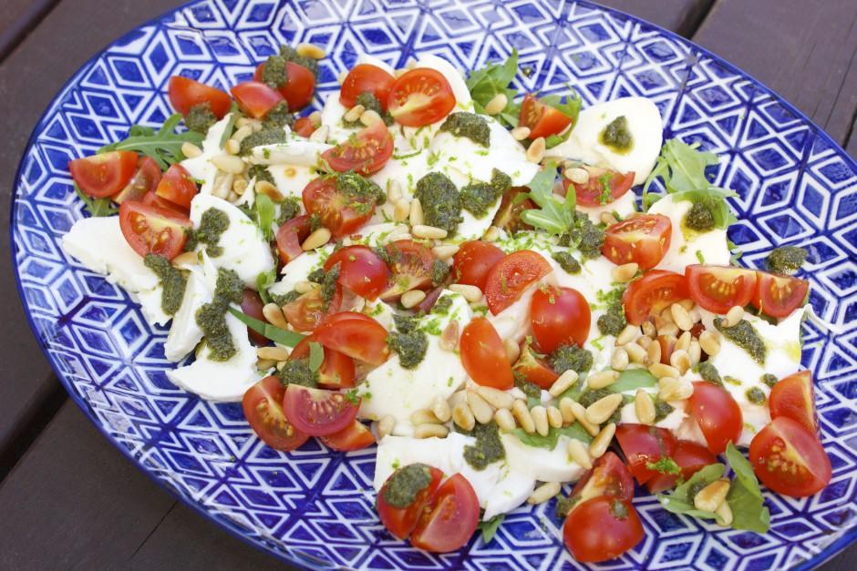 mozzarella med pesto och lime