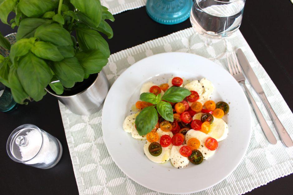 Tomat och mozzarella, lchf