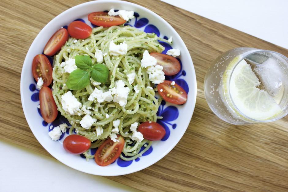 pasta med ruccola och mandelpesto