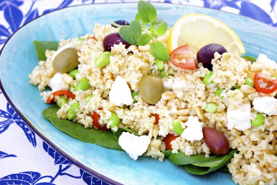 Bulgursallad med fetaost & oliver