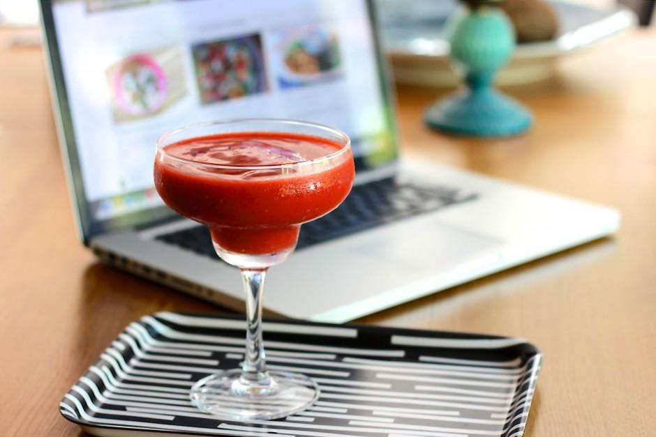 mango rasberry smoothie