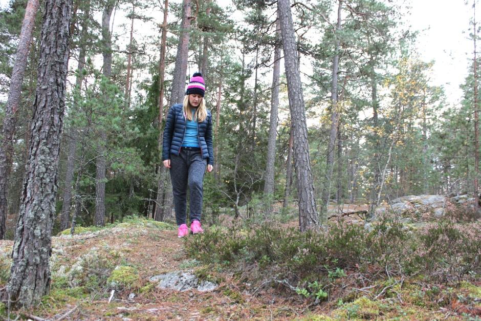 Craft underställ skogspromenad