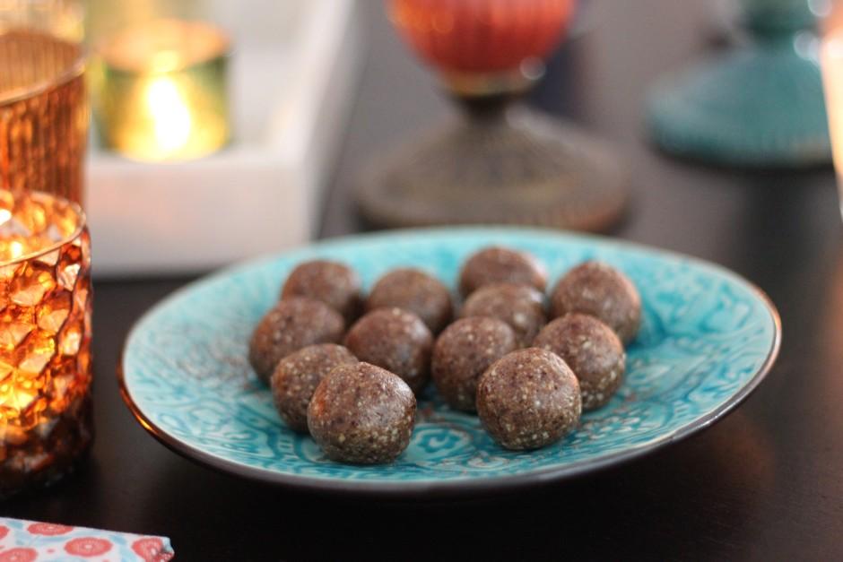 rawbollar med smak av pepparkaka