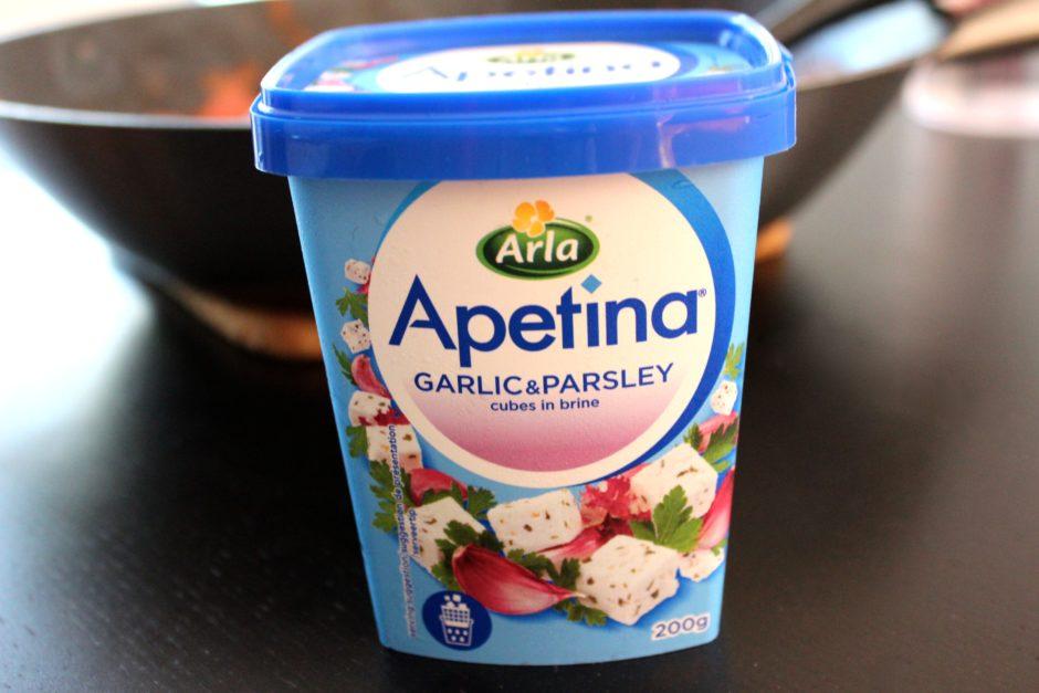 Apetina fetaost med vitlök och persilja