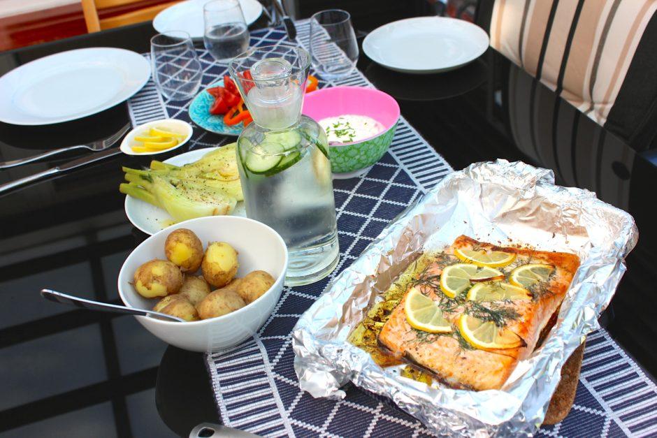 Lax i ugn med citron och dill, kokt fänkål, lchf